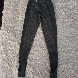 Zella Girl Bottoms - Zella Girl Stir up gray Legging 7/8
